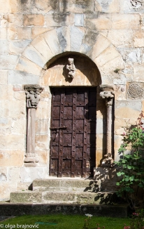 A door from the XIII Century